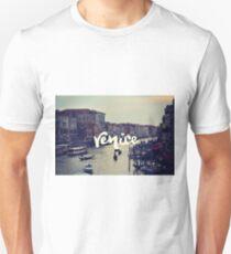 VENICE LANDSCAPE PHOTOGRAPHY WANDERLUST Unisex T-Shirt