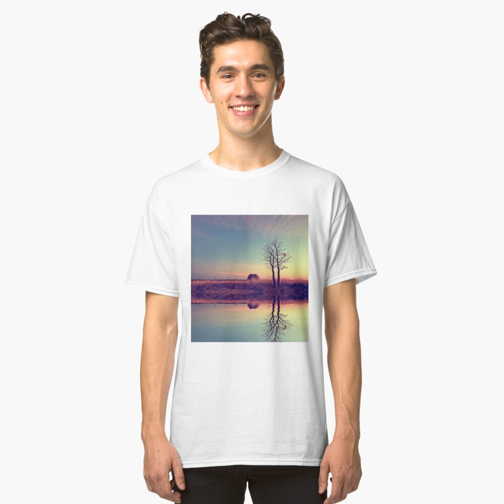Voyage of discovery Classic T-Shirt