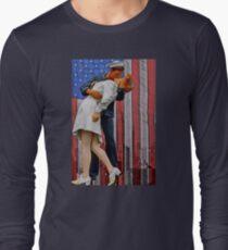 The VJ day Kiss Long Sleeve T-Shirt