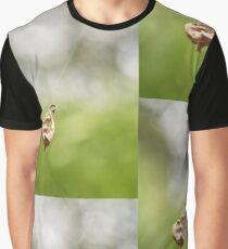 Swinging leaf Graphic T-Shirt