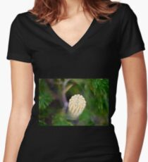 Banksia Women's Fitted V-Neck T-Shirt