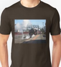 R Class Loco at Echuca Station Unisex T-Shirt
