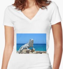 Lizard King Isla Mujeres Women's Fitted V-Neck T-Shirt