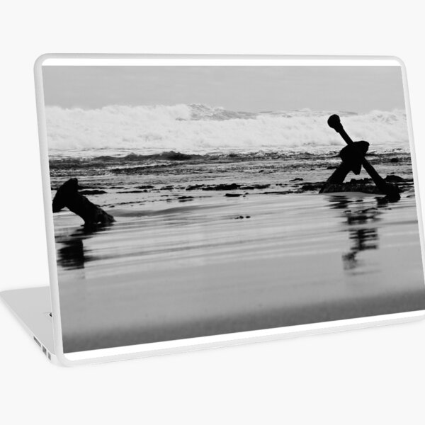 The Anchor of the Marie Gabrielle B&W Laptop Skin