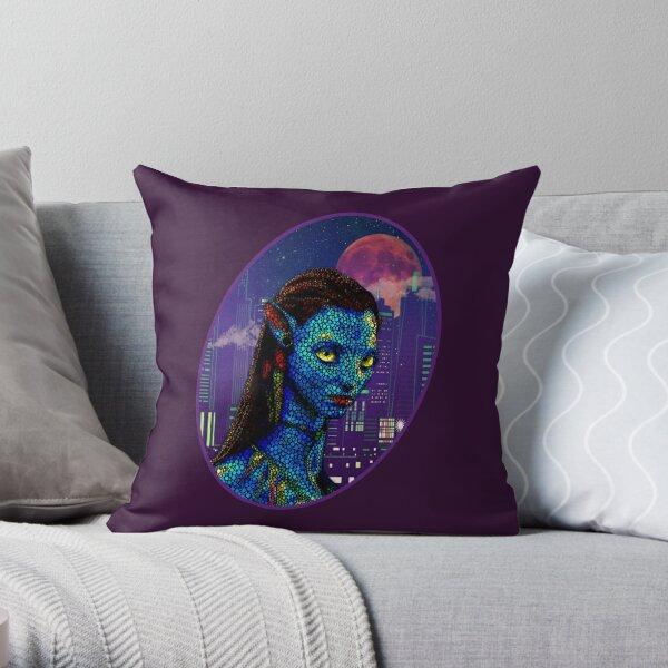 Neytiri in Newyork City 2 Throw Pillow