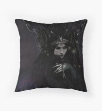 Nyx, goddes of night Throw Pillow