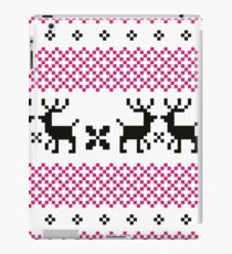 Cute reindeer pattern - black and pink iPad Case/Skin