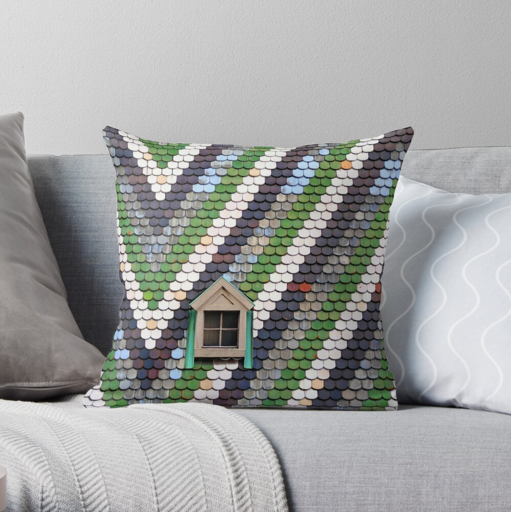 St Stephen's Rooftop Throw Pillow
