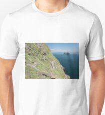 Skellig Michael, UNESCO World Heritage Site, Kerry, Ireland. Star Wars The Force Awakens Scene filmed on this Island. wild atlantic way Unisex T-Shirt