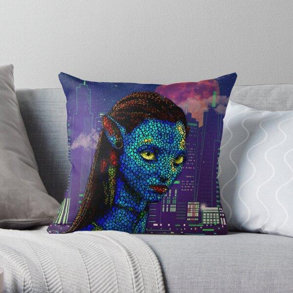 Neytiri in Newyork City Throw Pillow