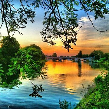 Sunset over the bridge at Hampton Court Palace by Joanna16