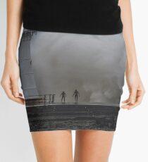 05-06-2016 Breakwater Mini Skirt