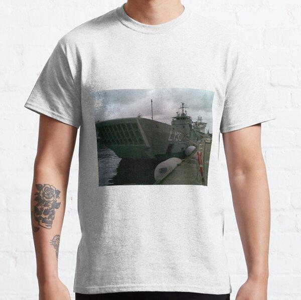 HMAS Wewack Dec 2012 Classic T-Shirt