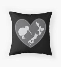 KIWI bird heart with New Zealand map Throw Pillow