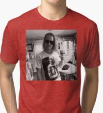 Macaulay Gosling - t-shirt of Macaulay Culkin wearing a t-shirt of Ryan Gosling wearing a t-shirt of Macaulay Culkin Tri-blend T-Shirt