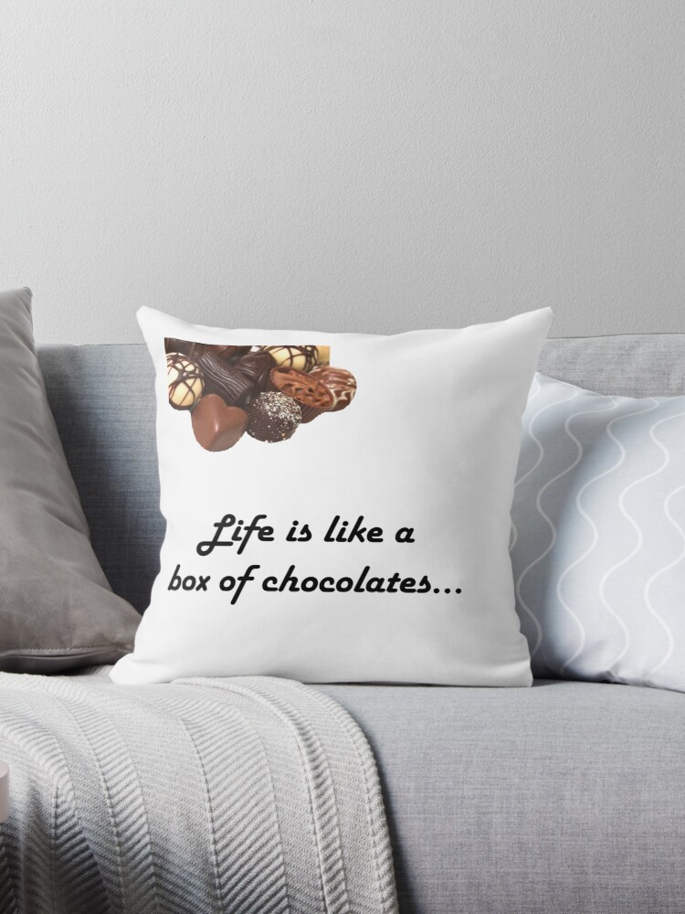 """Forrest gump Life is like a box of chocolates design """" Throw"""