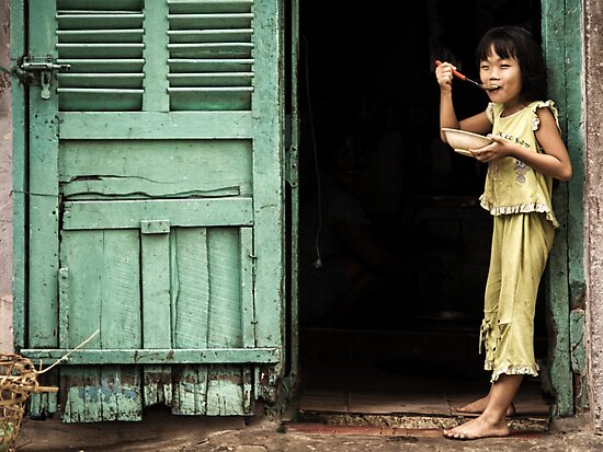 Girl with Red Spoon 0102 by Michiel de Lange