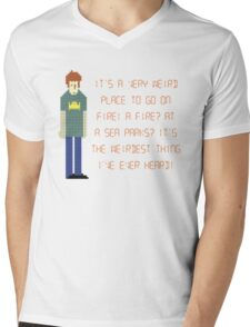 The IT Crowd – A Fire at Sea Parks?! Mens V-Neck T-Shirt