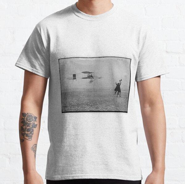 Flying Machine - Air Transportation Classic T-Shirt