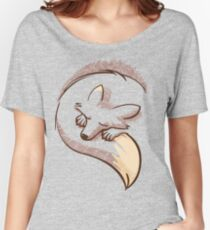 The fox is sleeping Women's Relaxed Fit T-Shirt