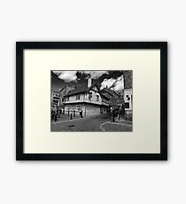 """The Kings Arms. """"The pub that floods"""" Framed Print"""