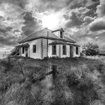 House on the Prairies - BW by TheKav