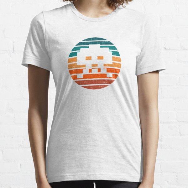 Retro Arcade  Vintage Sunset Essential T-Shirt