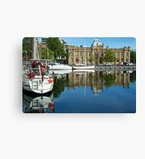 Morning moorings: Hobart Canvas Print