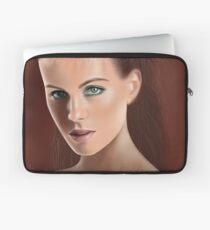 Bengslicaake - Kate Beckinsale Laptop Sleeve