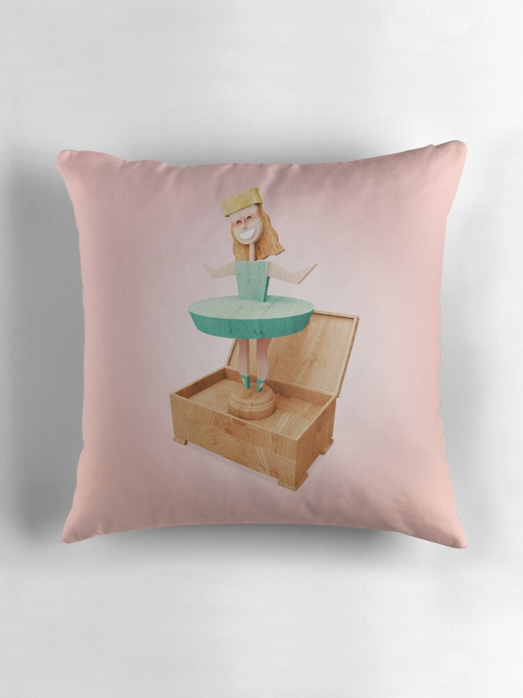Throw Pillows Newport :