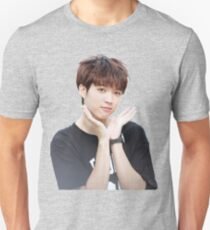 INFINITE - Nam Woohyun - K-Pop Unisex T-Shirt