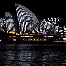 Vivid 2016 Opera House  45 by Jane Holloway