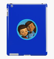 Caleb and Sophia (round blue frame) iPad Case/Skin