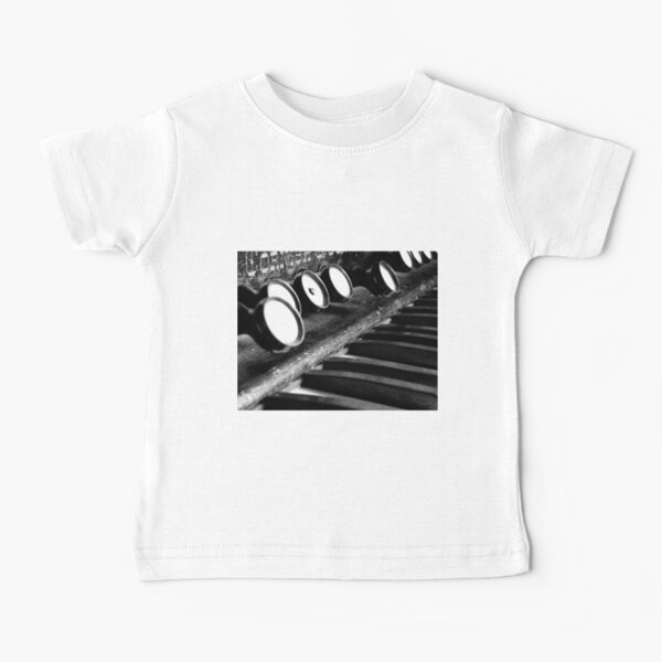Piano Playing and Singing Pig Short-Sleeves Tee Baby Girls