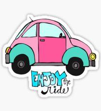 Genießen Sie die Fahrt in einem VW Bug Sticker