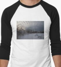 Clearing Snowstorm Men's Baseball ¾ T-Shirt