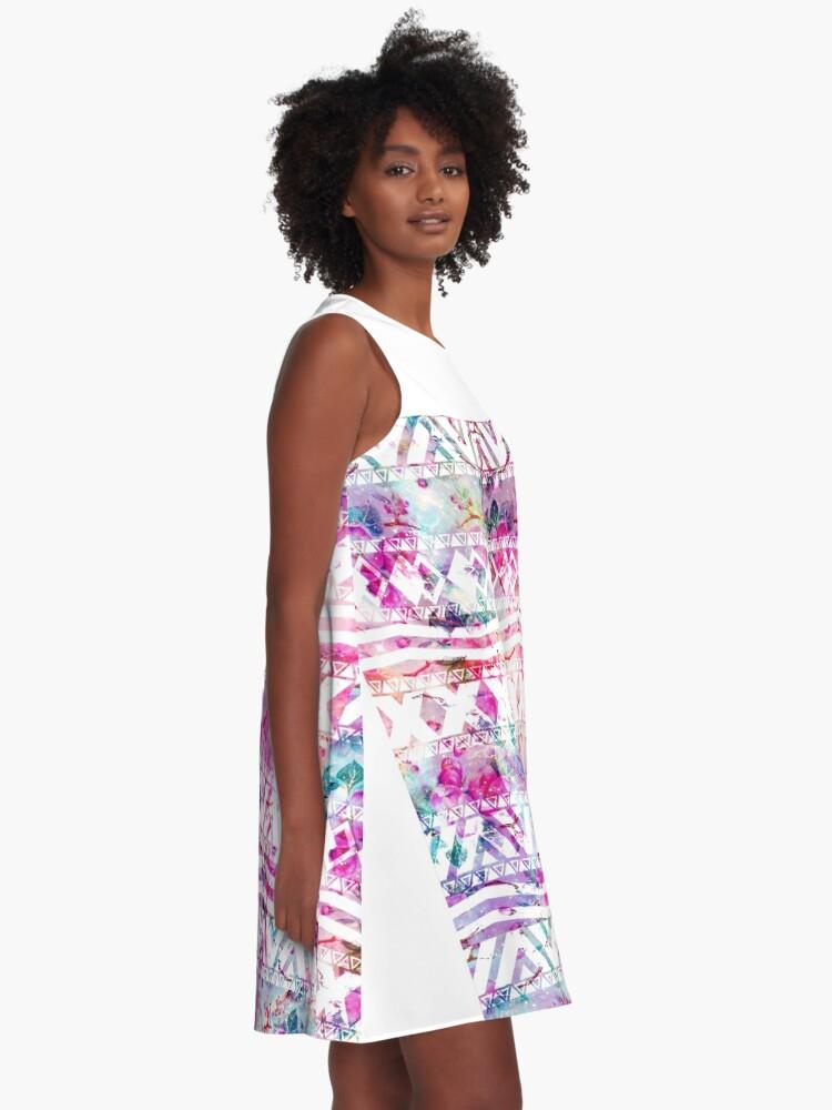 Alternative Ansicht von Blumennebelfleck des modernen aztekischen Musteraquarells A-Linien Kleid