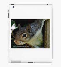 Peek-a-boo squirrell  iPad Case/Skin