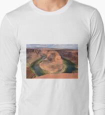 Horseshoe Bend in Arizona Long Sleeve T-Shirt