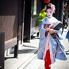 Walking in the Gion by JodieT