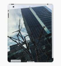 Manhattan Left iPad Case/Skin