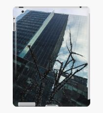 Manhattan Right iPad Case/Skin