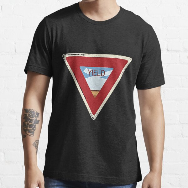 YIELD T-Shirt Essential T-Shirt