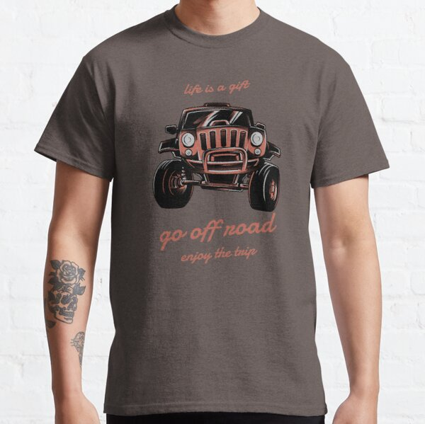 GO OFF ROAD-ROADTRIP AND OVERLAND ADVENTURES LOVERS  Classic T-Shirt
