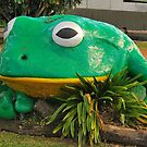 The Big Tree Frog by peasticks