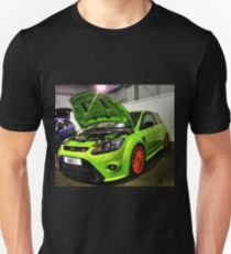 Green Focus in HDR T-Shirt