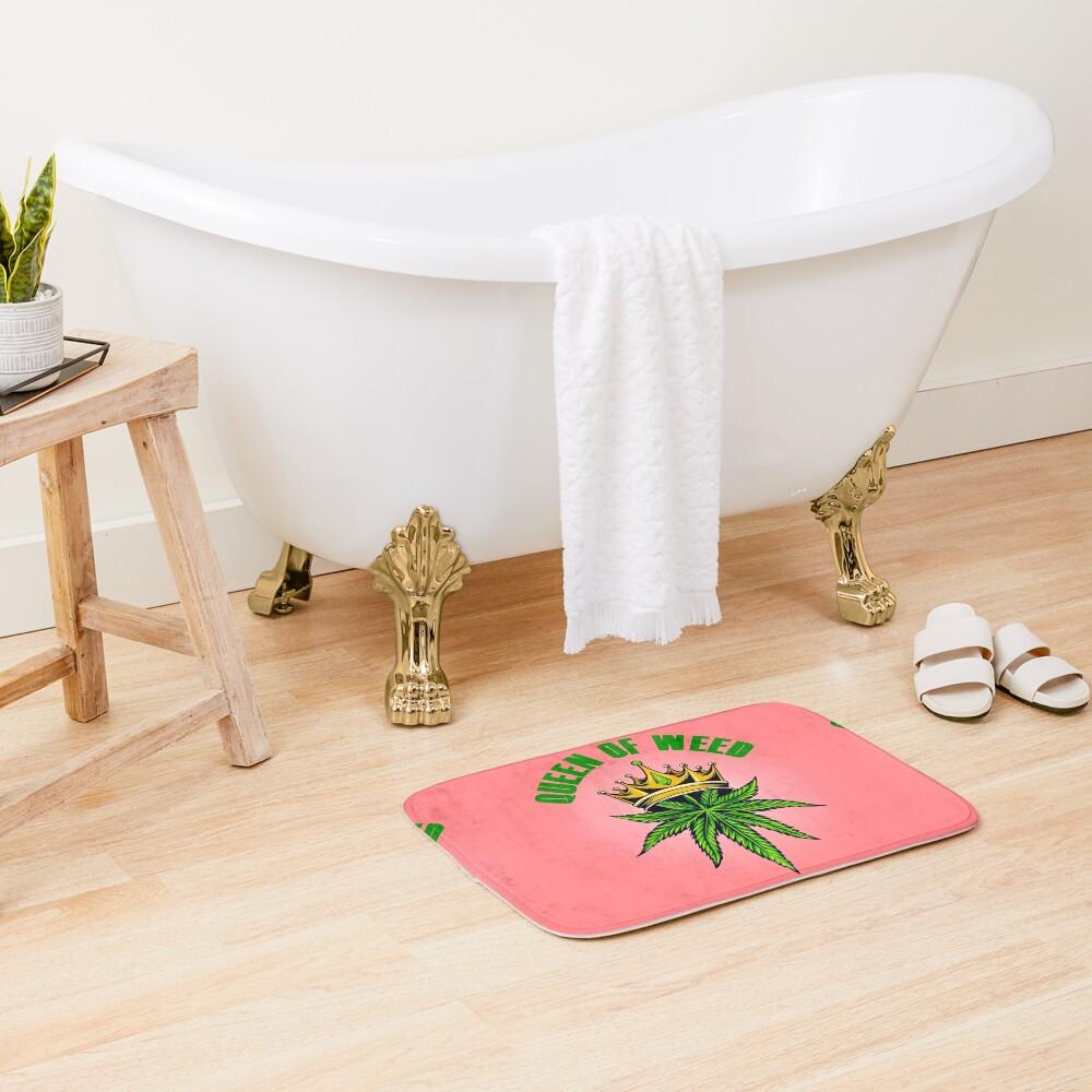 Queen of Marijuana - Long Live the Queen of Weed - Gold on Pink Bath Mat