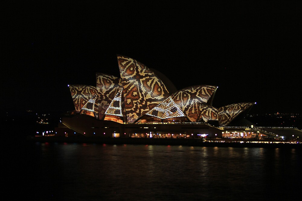 Vivid: Sydney 2014 - 002 by Kezzarama