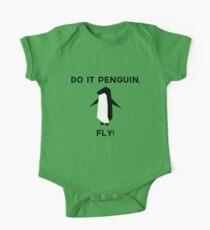 Do it penguin, fly! One Piece - Short Sleeve