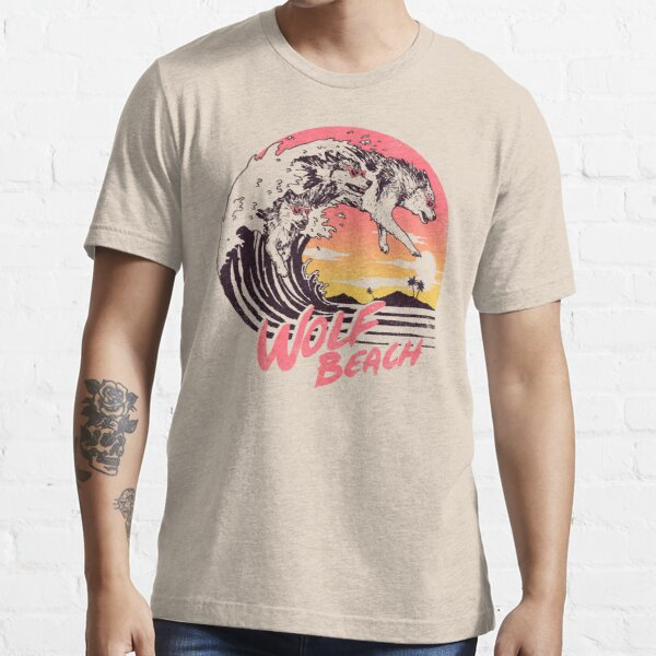 Wolf Beach Essential T-Shirt